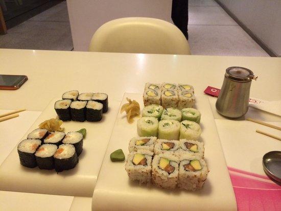 Ocha Sushi: Makis californias et spring rolls, miam