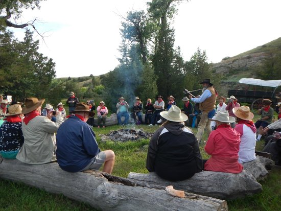 Pappy's Cowboy Cookout: Entertainment