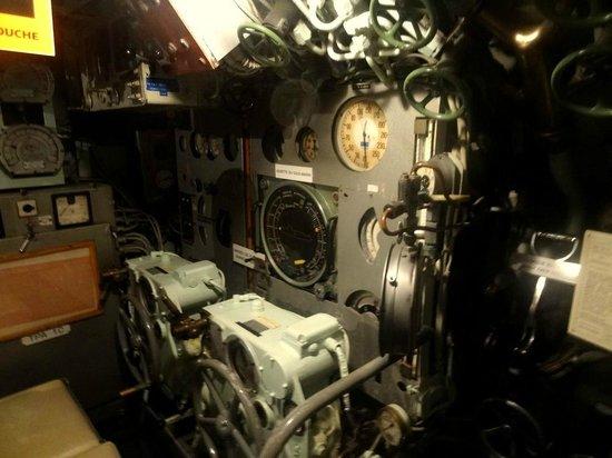 Sous-Marin l'Espadon : Le sous-marin Espadon (salle des machines)