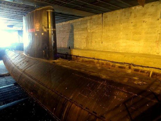 Sous-Marin l'Espadon : Le sous-marin Espadon (extérieur)