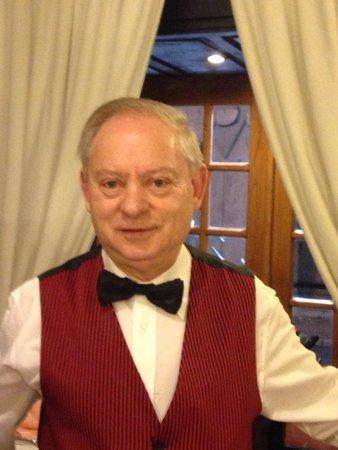 Restaurante Sancho : Sr. Joaquim , 50 anos na mesma casa atendimento fantástico