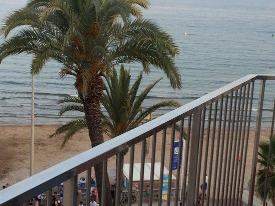 Hotel Subur : the beach