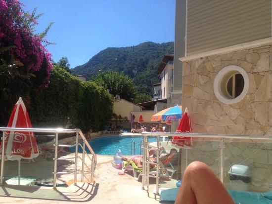 Miray Hotel: Pool area!