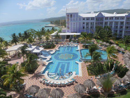 ClubHotel Riu Ocho Rios: View from our room (adult side)
