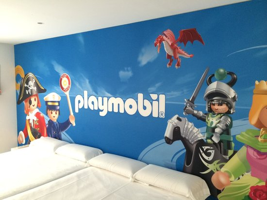 Ibi, İspanya: Habitación del famobil del Hotel del Juguete