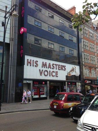 Oxford Street: Hier vind je heel veel muziek!