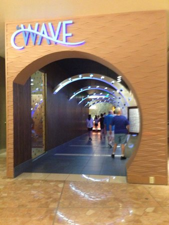 The Wave… of American Flavors: Entrance