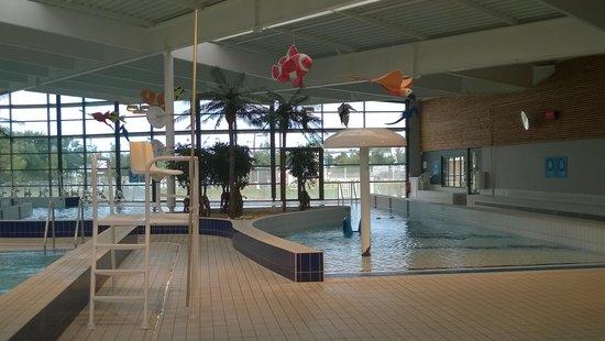 Hotel Kyriad Auray - Carnac : centre aquatique Alré