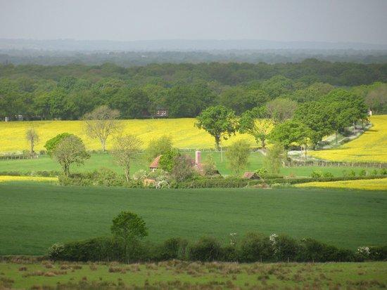 Elvey Farm : A hike through the local countryside