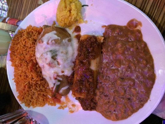 Chevys Fresh Mex : My chile relleno, tamale with rice, refried beans