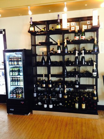 Cuvee Champagne Bar : We now have offer bottles on the go!