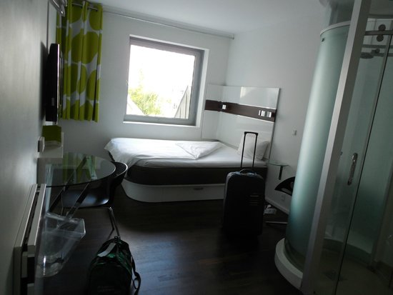 Wakeup Copenhagen Carsten Niebuhrs Gade : Habitación en el 3° piso.