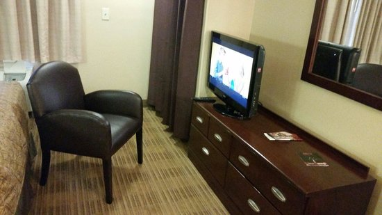 Extended Stay America - New York City - Laguardia Airport: TV