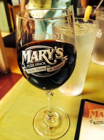 Marys Pizza Shack: red wine
