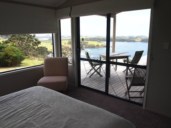 Ara Roa Accommodation - Whangarei Heads : 3 bedrooms with ocean view