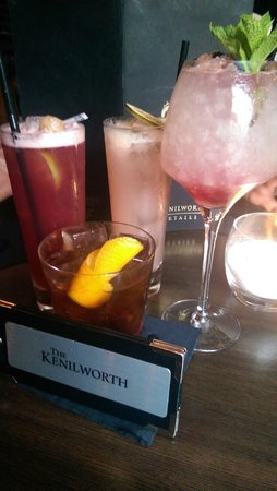 The Kenilworth Hotel: Fantastic Cocktails - the neat 1 is called the England 1657 with a piece of dark chocolate insid