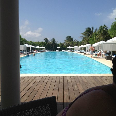 Grand Luxxe Riviera Maya: Luxxe pool From Burger Custon Made