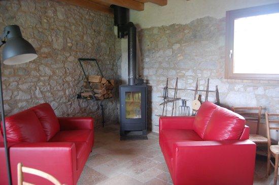 B&B Casa della Fornace : Beautifully decorated sitting room