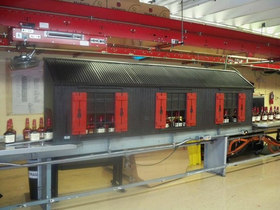 Maker's Mark: Wax Cooling Chamber