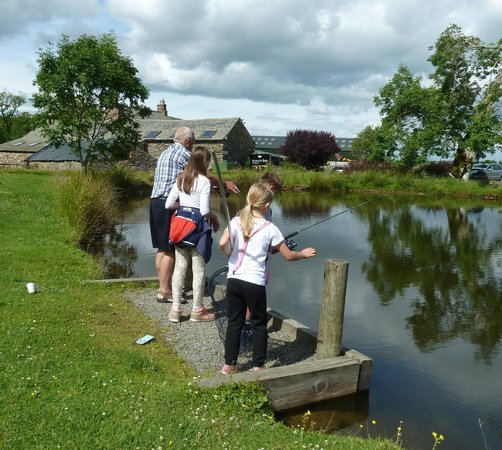 Rookin House Activity Centre: Trout fishing