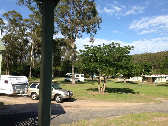 Eden Gateway Holiday Park: dont hear the cars go past in the park