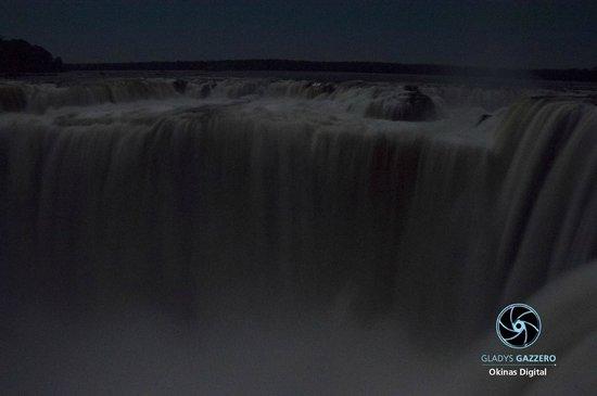 Garganta del Diablo - Noche con luna llena