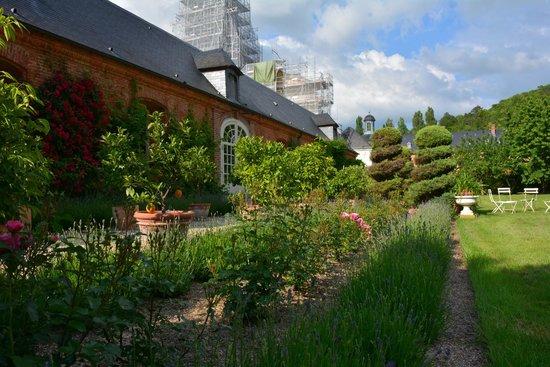 Orangerie 18eme et son jardin m diterran en photo de for Jardin orangerie