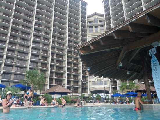 North Beach Plantation : Pool bar