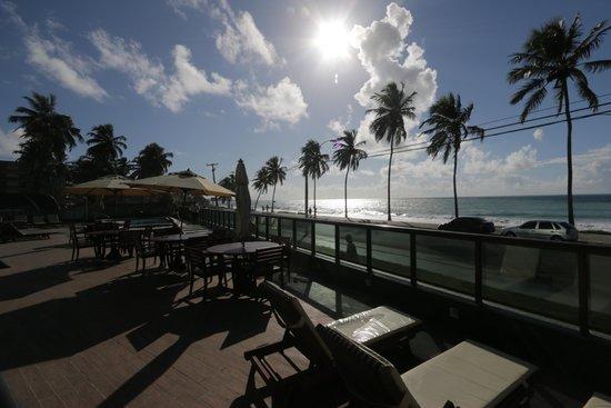 Ritz Suites: Vista da Praia do deck do hotel