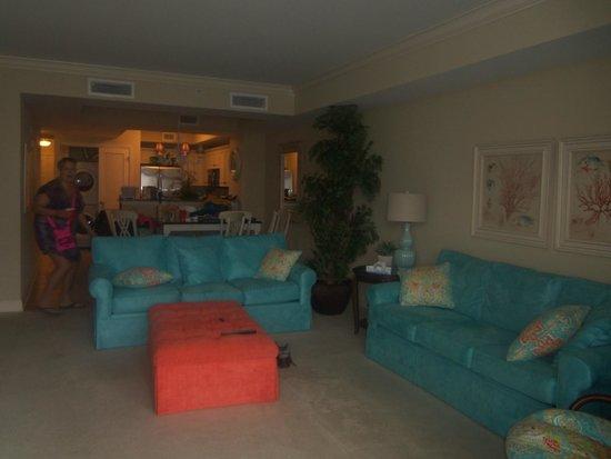 North Beach Plantation : Living room