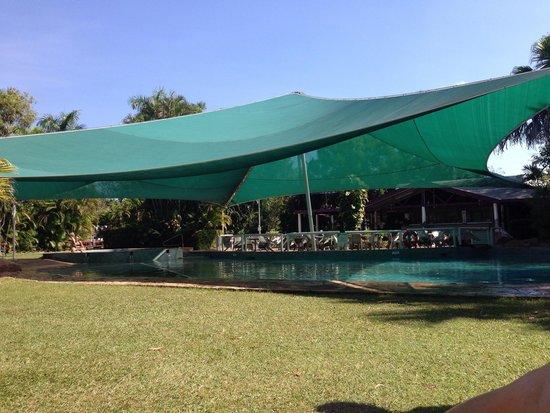 Kakadu Lodge and Caravan Park : Pool