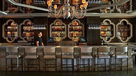 Viceroy Santa Monica: Cameo Bar at Night
