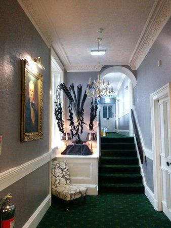 Best Western Edinburgh South Braid Hills Hotel : Corridor