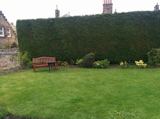 Best Western Edinburgh South Braid Hills Hotel: Extérieur
