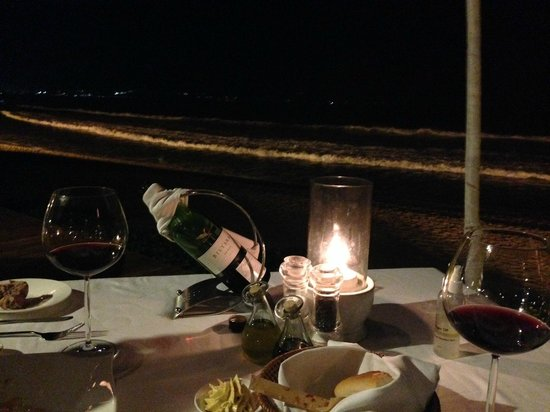 Breeze at The Samaya Seminyak: Romantic beachside dinner