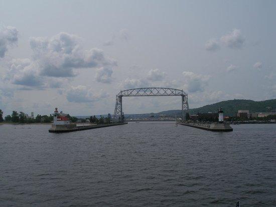 Vista Fleet: View entering the Harbor