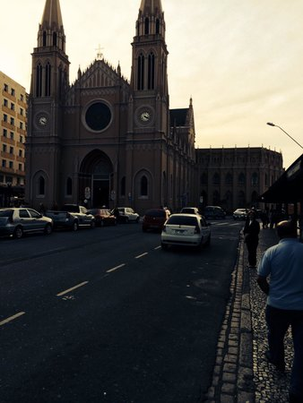 Metropolitan Cathedral : Vista frontal
