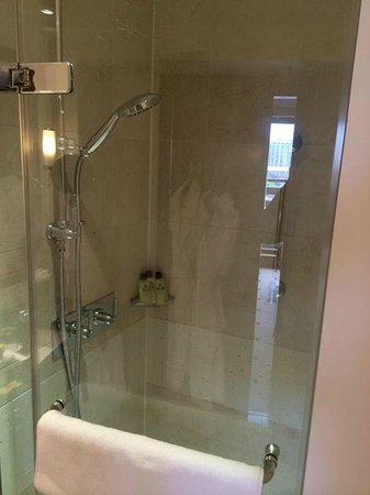 InterContinental London Park Lane : One Bedroom Suite - Bathroom