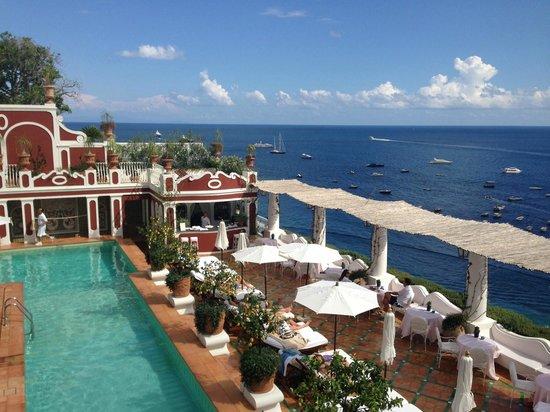 Le Sirenuse Hotel: Pool area