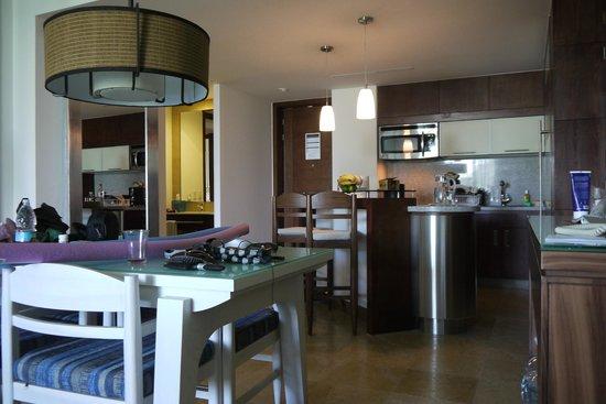 The Grand Bliss Riviera Maya: Kitchen