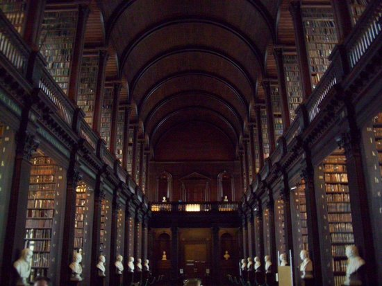 The Book of Kells and the Old Library Exhibition : The Long Room
