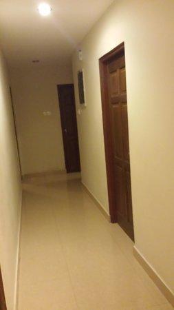 Supun Arcade Residency: Corridor in app