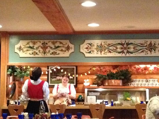 Al Johnson's Swedish Restaurant & Butik : Uff dah!