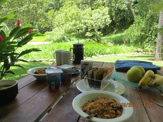 The Haven and Spa: Breakfast on the terrace