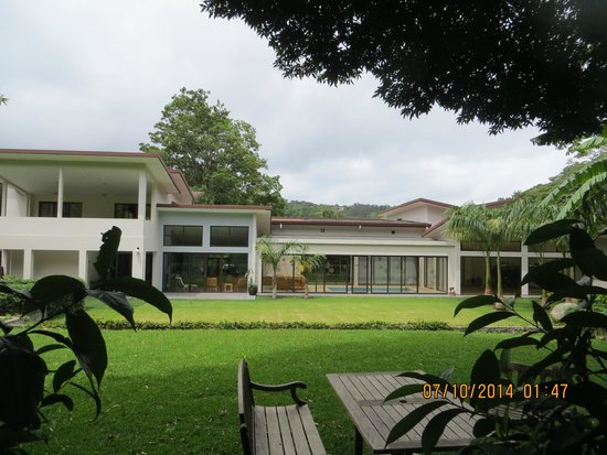 The Haven Hotel and Spa : View from the back lawn/terrace/gardens