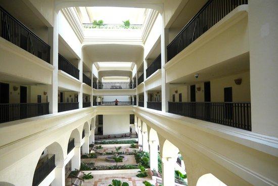 CasaMagna Marriott Cancun Resort: Open air