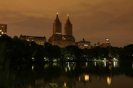 New York City Photo Safari : San Remo towers