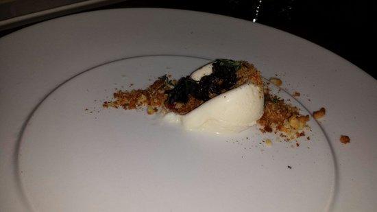 Uchiko: Scrambled egg gelato