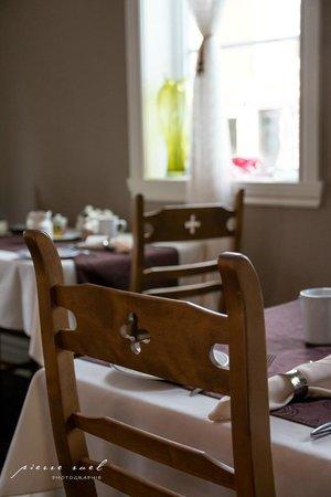 Auberge Le Voyageur: Une belle table, une nourriture excellente!
