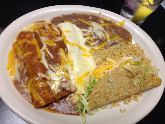 La Finca Chiquita : Enchilada Plater